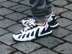 Nike Air Max 96 OG XX 'Scream verde oscuro y Concord posterior Imagen