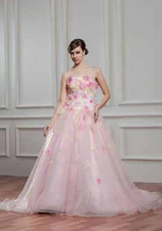 ball gown chapel train strapless sleeveless organza low back crystals wedding dress