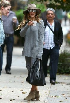 Sarah Jessica Parker Photos Photos - 'Sex and the City' star Sarah Jessica Parker takes her daughter Tabitha to school on October 2, 2014 in New York City, New York. Sarah has been busy filming 'Wild Oats' which co-stars Jessica Lange and Shirley MacLaine. The comedy tells the story of an elderly woman who mistakenly receives a Social Security check for $900,000 rather then her usual $900. - Sarah Jessica Parker Steps Out with Tabitha