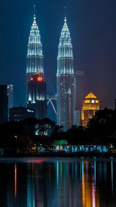 Petronas Towers, Kuala Lumpur, Malaysia