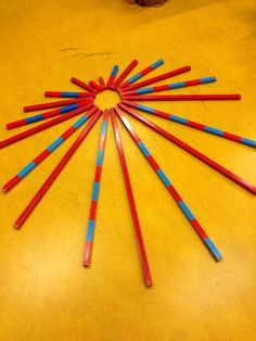 Extension for Red Rods and Number Rods, includes a bit of patterning. Montessori Preschool, Montessori Education, Maria Montessori, Montessori Practical Life, Maths, Office Supplies, Pencil, Star, Image