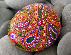 Happy Hippie Sunshine /Painted Rock from Greece por LoveFromCapeCod