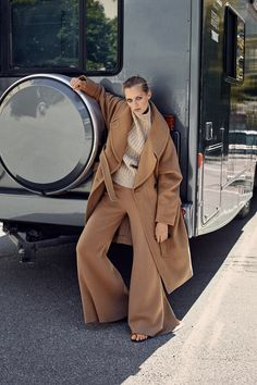 """easymorning: """" ELLE Sweden September 2016 Esther Heesch by Eric Josjo """" Camel Style, Brown Style, Neutral Outfit, Comme Des Garcons, Photography Women, Fashion Branding, Colorful Fashion, Fashion Photo, Editorial Fashion"""