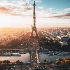 """15.1k Likes, 59 Comments - My Little Paris (@mylittleparis) on Instagram: """"Que votre semaine soit lumineuse.  : Have a luminous week. #parisjetaime (Credit: @suburber)"""""""