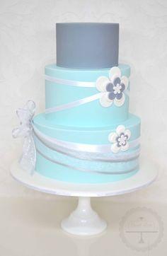 Simple but elegant wedding cake