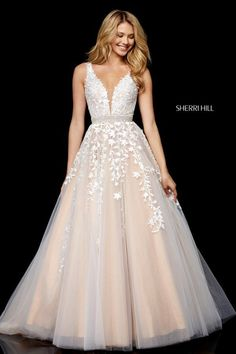 That's THE wedding dress. The one I adore. Lace deep V bodice with tulle ball gown skirt and beaded belt. That's THE wedding dress. The one I adore. Lace deep V bodice with tulle ball gown skirt and beaded belt. Grad Dresses Long, Open Back Prom Dresses, Sherri Hill Prom Dresses, Cute Prom Dresses, Dream Wedding Dresses, Ball Dresses, Pretty Dresses, Formal Dresses, Tulle Wedding