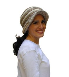 Hampshire Sweater  Hat with Toggle