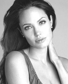 Celebrities - Angelina Jolie Photos collection You can visit our site to see other photos. Angelina Jolie Photoshoot, Angelina Jolie Short Hair, Angelina Jolie Young, Angelina Jolie Quotes, Angelina Jolie Makeup, Angelina Jolie Maleficent, Black And White Portraits, Celebrity Babies, Celebrity News