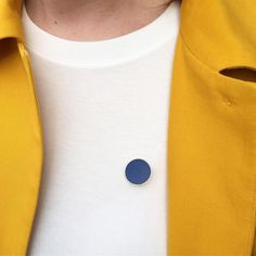 Navy Circle pin // Plain Pins