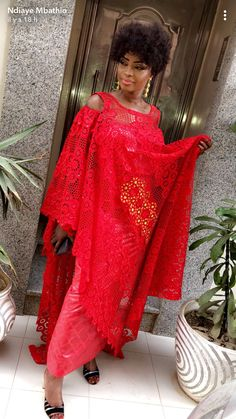 Best African Dresses, African Lace Styles, African Fashion Dresses, Africa Dress, Kente Styles, Dress Patterns, Couture, Womens Fashion, How To Wear