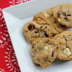 A festive blend of white chocolate chunks and dried cranberries for a decadent treat perfect for a cookie exchange!