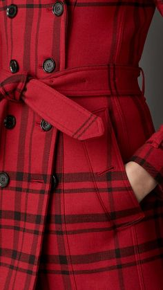 Naughty Gal Shoes : SHORT CHECK TECHNICAL WOOL TRENCH COAT