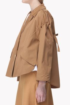 Luxury & Vintage Madrid, offers you the best selection of contemporary and vintage clothing in the world. Cute Skirt Outfits, Cute Skirts, Fashion Images, Fashion Details, Fashion Design, Frock Fashion, Clothing Sites, Mens Activewear, Japan Fashion