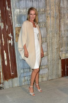 Uma Thurman en robe blanche Givenchy