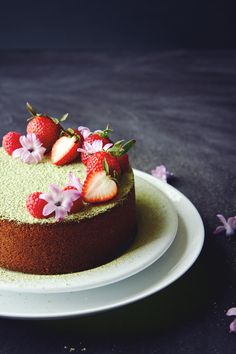 For afternoon tea time, try this delightfully dense butter cake with a whisper of matcha! The cake is simple and can be ready to eat in under 45 minutes. Baking Recipes, Cake Recipes, Dessert Recipes, Green Tea Recipes, Sweet Recipes, Cupcakes, Cupcake Cakes, Beautiful Cakes, Amazing Cakes