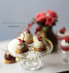 Dollhouse miniature Food White Chocolate Dome by PetitDeCherries