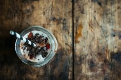 Chocolaty milkshake with coffee and ice cream liqueur © Rowan Tree Photography | www.rowantree.se