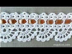 If you looking for a great border for either your crochet or knitting project, check this interesting pattern out. When you see the tutorial you will see that you will use both the knitting needle and crochet hook to work on the the wavy border. Crochet Boarders, Crochet Lace Edging, Crochet Motifs, Crochet Stitches Patterns, Thread Crochet, Crochet Trim, Crochet Designs, Crochet Crafts, Crochet Flowers