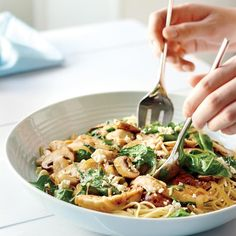 Spinach Pasta and Chicken Recipes is One Of the Liked Chicken Recipes Of Several Persons Round the World. Besides Easy to Make and Excellent Taste, This Spinach Pasta and Chicken Recipes Also Health Indeed. Leftover Chicken Recipes, Leftovers Recipes, Easy Chicken Recipes, Lunch Recipes, Cooking Recipes, Healthy Recipes, Fast Recipes, Dinner Recipes, Spinach Pasta Recipes