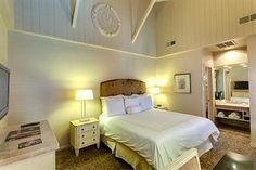 Dauphine Orleans Hotel - Hotels.com - Hotel rooms with reviews. Discounts and Deals on 85,000 hotels worldwide