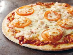Eat To Live, People Eating, Hawaiian Pizza, Pepperoni, Vegetable Pizza, Food And Drink, Cooking Recipes, Vegetables, Food Ideas