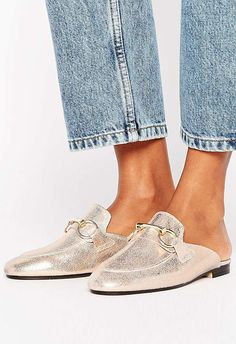 Got a chic little city break in the cal? Give your sneakers a day off and do your sightseeing in these backless, buckled loafers.