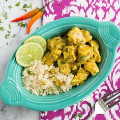 My One-Pan Thai Chicken. If you're a fan of savory and spicy food, you've come to the right place! Curry Recipes, Rice Recipes, Asian Recipes, Chicken Recipes, Healthy Recipes, Recipies, Chicken Ideas, Healthy Dishes, Healthy Foods