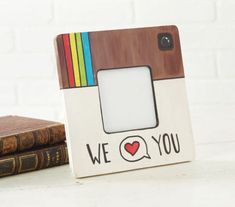 Homemade gift idea: DIY instagram picture frame. Love this so much!