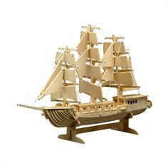 Tridimensional wooden puzzle. Assemblando i pezzi contenuti nella confezione potrete costruire, come un vero e proprio puzzle tridimensionale in legno, un modellino di veliero a tre alberi della seguente dimensione: 420x300. Adatto a bambini e adulti dagli 8 anni in su. Acquistabile a soli € 11 su http://www.giochiecologici.it/p/1004/veliero-da-costruire
