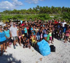 Makemo : Les élèves du collège marchent pour la propreté de leur atoll