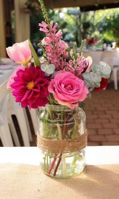 #flowers in #jars, backyard #wedding Table Flower Arrangements, Wedding Flower Arrangements, Wedding Flowers, Brunch Decor, Amazing Flowers, Flower Decorations, Bouquets, Wedding Times, Backyard Weddings