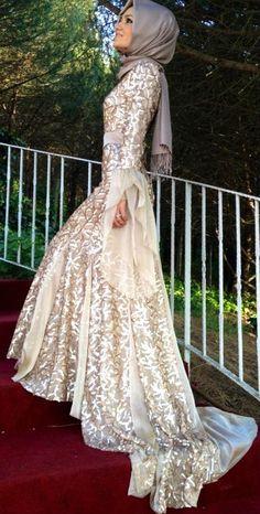Elegant #Hijab Gown!