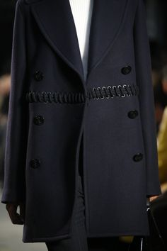 3.1 Phillip Lim Fall 2016 Ready-to-Wear Fashion Show Details