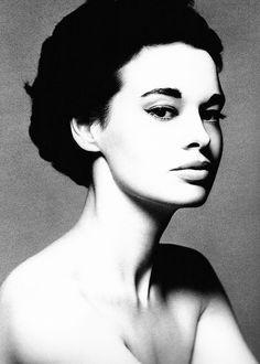 Gloria Laura Vanderbilt