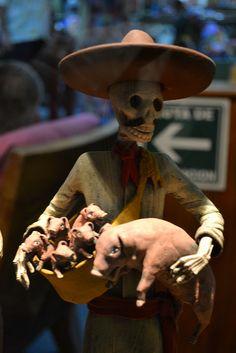Skeleton farmer with pigs, Day of Dead, dia de los muertos, Catrina doll from Puerto Vallarta, Mexico | Ryan Janek Wolowski.