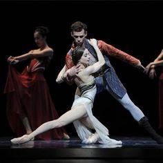 "© Erik Tomasson.  Maria Kochetkova and Taras Domitro in Yuri Possokhov's ""Francesca da Rimini"", San Francisco Ballet"