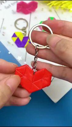Diy Crafts For Girls, Diy Crafts Hacks, Diy Home Crafts, Family Crafts, Cool Paper Crafts, Paper Crafts Origami, Fabric Crafts, Instruções Origami, Oragami