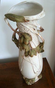 Large Royal Dux Bohemia Art Nouveau vase, internal pearl glaze