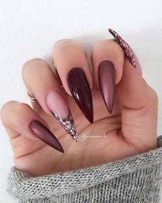 23 Beste Gel-Nageldesigns Kopieren Sie im Jahr 2019 23 best gel nail designs copy in 2019 - Frisurenx. Coffin Nails Ombre, Cute Acrylic Nails, Fun Nails, Stiletto Nail Art, Autumn Nails Acrylic, Purple Stiletto Nails, Ombre Nail Designs, Nail Art Designs, Matte Nails