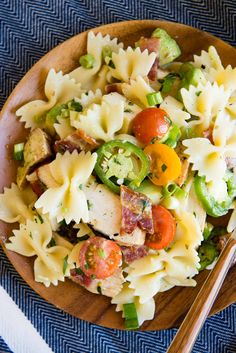 Chicken Pasta Salad with Bacon and Jalapenos - Perfect for the 4th of July | www.DesignMom.com
