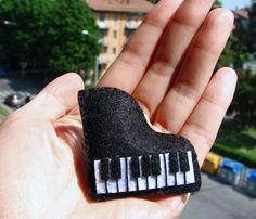 piano...make into an ornament for the kids' piano teacher :)