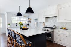 Amazing White Kitchen Cabinets for the Most Timeless Kitchen The Kitchen Trends You Should Know For 2018 Homepolish pertaining to Amazing White Kitchen Cabinets for the Most Timeless Kitchen Quartz Kitchen Countertops, Kitchen Cabinets, Shaker Cabinets, White Cabinets, White Counters, Kitchen Backsplash, Soapstone Kitchen, Soapstone Countertops, Kitchen Fixtures