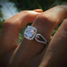 Wedding Rings Vintage, Diamond Wedding Rings, Bridal Rings, Vintage Rings, Women Wedding Rings, Best Wedding Rings, Rustic Wedding, Wedding White, Gold Wedding