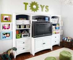 Playtime Organization with functional media console