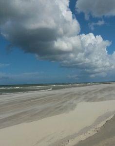 Wolkenrij strand van Midsland #Terschelling