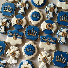 Royal Prince baptism cookies for Noah Rene's special day! by youcancallmesweetie Baptism Cookies, Baby Cookies, Baby Shower Cookies, Cute Cookies, Sugar Cookies, Royalty Baby Shower Theme, Boy Baby Shower Themes, Baby Boy Shower, Prince Birthday