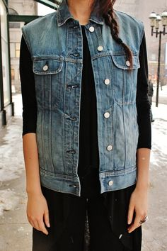 STYLE ADVICE OF THE WEEK: Shed Your Sleeves | College Fashionista  Rag & Bone Denim Vest.