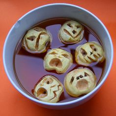 For halloween (apples)