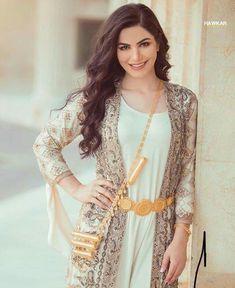 29 bästa bilderna på Kurdiska kläder   Kläder, Klänningar, Hijab