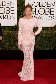 Chrissy Teigen in Zuhair Murad at the Golden Globes 2015 | #redcarpet #GoldenGlobes #redcarpetfashion